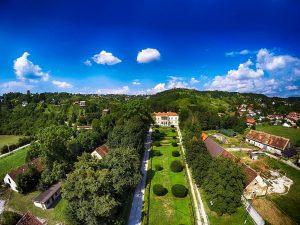 Dvorac Vranyczany-Dobrinović, Laduč